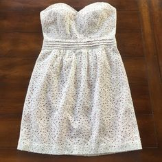 ❤️URBAN OUTFITTERS  strapless size 4❤️ Eligible for sale pricing. Ask for 25% price drop. Adorable strapless dress from Urban Outfitters (Pins and Needles) it has a blush lining that shows through the eyelet overlay. Size 4. Worn a few times. In excellent condition. Urban Outfitters Dresses Strapless