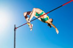What Is the Best High Jump Approach Technique? Volleyball Pictures, Sports Pictures, Baby Pictures, Softball Pics, Cheer Pictures, Long Jump, High Jump, Track Workouts For Sprinters, Vertical Jump Training