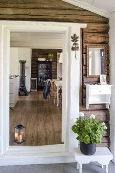 Ideas and inspiration Rustic Interiors, Decor Interior Design, Hearth, Country Style, Interior And Exterior, Countryside, Oversized Mirror, Farmhouse, Cottage