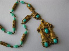 A vintage 1930's Art Deco Czech glass necklace.