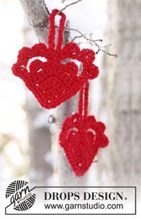"Crochet DROPS Christmas heart in ""Nepal"" or ""Alaska"". ~ DROPS Design"