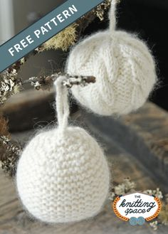 Create a set of these festive knitted snowball Christmas tree ornament, one with cables and the other made using garter stitch. Knit Christmas Ornaments, Christmas Window Decorations, Christmas Balls, Simple Christmas, Christmas Crafts, Christmas Tree, Double Knitting Patterns, Double Pointed Knitting Needles, Free Christmas Knitting Patterns