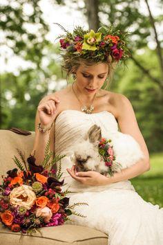 A bridal bunny! So cute! / Photo: Lovely and Light / Via Hey Wedding Lady.