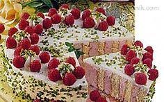 Piškotový dort s malinovým tvarohem (slavnostní)