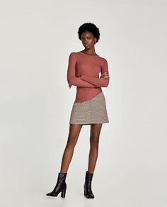ZARA - WOMAN - T-SHIRT WITH LONG SLEEVES AND EDGE DETAIL