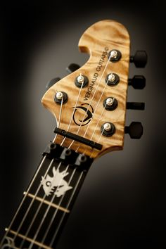 Guitar Inlay, Guitar Building, Guitar Design, Custom Guitars, Music Guitar, Photos, Music Instruments, Cool Stuff, Bass Guitars