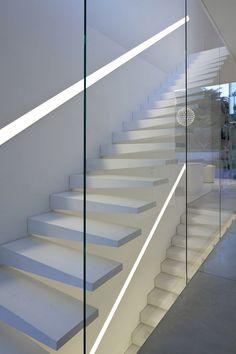 casas con paredes de cristal buscar con google