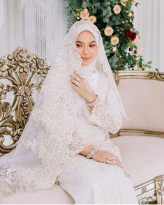 Muslim Wedding Gown, Malay Wedding Dress, Muslimah Wedding Dress, Muslim Wedding Dresses, Dream Wedding Dresses, Kebaya Wedding, Bridal Dresses, Bridal Hijab, Hijab Bride