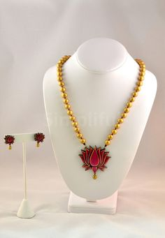 Terracotta Lotus Necklace and Earring set Terracotta Jewellery Online, Terracotta Jewellery Designs, Antique Jewellery Designs, Handmade Jewelry Designs, Antique Jewelry, Clay Jewelry, Jewelry Sets, Jewelry Making, Jewelry Bracelets