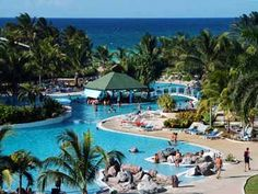 Tryp Cayo Coco, Cuba - Stayed here December 2014.  Beach and pools fantastic.  Rooms very outdated, therefore, I cannot recommend this resort.