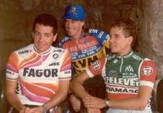 Anderson (back in TVM jersey) with Stephen Roche (Fagor) and Andy Hampsten (7-Eleven) at the teams presentation of the 1989 Giro d'Italia. Phil Anderson, 7 Eleven, Vintage Cycles, Fan Shirts, Bicycle Race, Cycling Art, Cyclists, Bicycling, Triathlon
