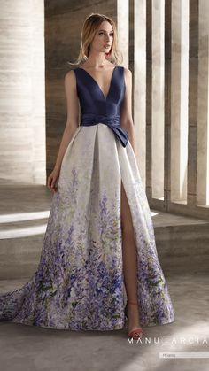 """Meet """"Love Sewing"""" Manu Garcia's new proposal for party and godmother dresses. Modern and elegant line where skirts are the main protagonists. Bridesmaid Dresses, Prom Dresses, Formal Dresses, Wedding Dresses, Dress Outfits, Fashion Dresses, Fiesta Outfit, Fashion Mode, The Dress"""