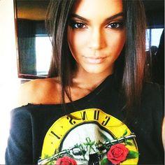 65 of the Most Unbelievable Kardashian Selfies