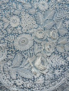 Beautiful but damaged antique/vintage Duchesse and Point de Gaze lace panel