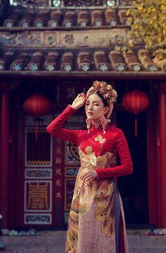 Hoa khôi Du lịch Huế 2016 duyên dáng áo dài hoa sen Đại nội hình ảnh 2