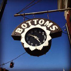 Gotta love a clock sign - Bottoms, Bardstown, KY