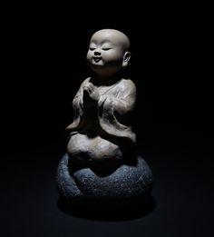Little monk art ☸️ Buddha Peace, Baby Buddha, Little Buddha, Buddha Zen, Buddha Buddhism, Buddha Sculpture, Art Sculpture, Chinese Buddha, Buddha Decor