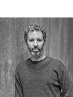 A Casa das Rosas – Espaço Haroldo de Campos de Poesia e Literatura promove na terça-feira, dia 28 de outubro, às 19h30, um bate-papo com o escritor e jornalista Michel Laub. A entrada é Catraca Livre.