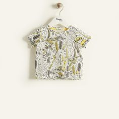 BING Organic Cotton Unisex Kids T-Shirt - Yellow. British designed unisex baby and kids fashion clothing brand for stylish little ones. The bonnie mob ship worldwide from the UK.