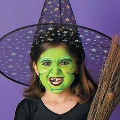 Face Painting Is Easy To Do! Kids love to have their faces painted, and Halloween is a good time to paint on special looks. Face painting can be a nice alternative to wearing masks and is easy to do. Sometimes masks can hinder sight and make it. Halloween Face Paint Designs, Easy Halloween Face Painting, Easy Face Painting Designs, Kids Witch Makeup, Kids Makeup, Face Makeup, Makeup Ideas, Halloween Costumes For Kids, Halloween Make Up