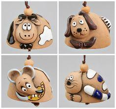 Petites cloches en céramique: Chien souris chat vache