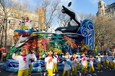 Jumps Barricade Again To Protest SeaWorld - SeaWorld made waves again on Thursday at the annual Macy's Thanksgiving Day Parade in New York City. The company's float was besieged by animal advocates protesting its captive orca whale program. Macys Thanksgiving Parade, Happy Thanksgiving, Ocean Pollution, Winter Haven, 13 Year Olds, Sea World, Parade Floats, Disney 2017, York