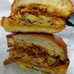 Fried chicken Sammie at Highland Park's most hidden local favorite spot. #losangeles #foodie #foodporn #friedchicken #sandwich #eatla #dinela #eats #dinner #hungry #highlandpark #California #blog #blogger #foodblog #lioe #love #folllow #cheapeats #fatty #instapic #foodiegram #foodgasm #LA