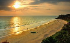 #2. Varkala Beach