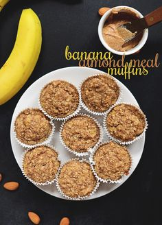Banana Almond Meal Muffins | Minimalist Baker. Really yummy. I used 1 tbsp vanilla, 3 bananas, and added approx 1/4 c coconut oil