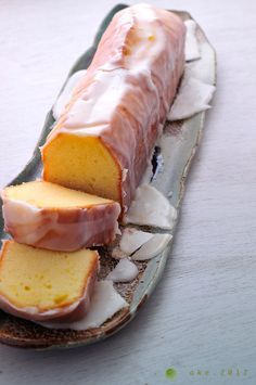 Work on your baking skills with this homemade Meyer lemon pound cake recipe. Lemon Desserts, Just Desserts, Dessert Recipes, Lemon Cakes, Coconut Cakes, Meyer Lemon Recipes, Pound Cake Recipes, Pound Cakes, Layer Cakes