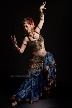 DC Tribal Director - Shannon of Divine Chaos Tribal®, LLC / photo by Ron Brewer Images / Tribal fusion belly dance www.dc-tribal.com