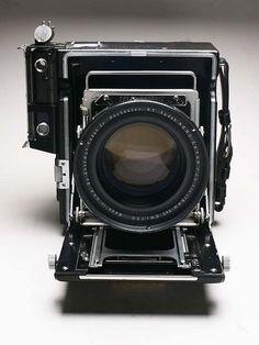 EKTAR | What a beautiful lens.
