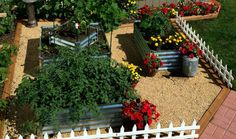 Our corrugated metal garden beds are made from 100% recyclable steel material.  Galvanized steel is a superior choice over all garden bed material options.
