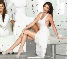 Kim - Kourtney - Khloe - Kris Jenner - Bruce - Kendall - Kylie - Kardashian Family Christmas Cards - HD Wallpapers Blog