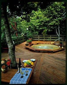 #PinMyDreamBackyard Love the sunken hotub!