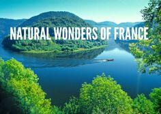 The Dordogne gorges in Corrèze ©Frederic Magnoux Limousin, Places To Travel, Places To See, La Dordogne, Clermont Ferrand, Visit France, Green Landscape, Sunset Landscape, France Travel