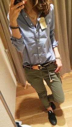 (uniqlo shirt & cargo pants with converse, watch, neckless) Daily Fashion, Love Fashion, Fashion Models, Girl Fashion, Autumn Fashion, Womens Fashion, Fashion Trends, New York Fashion, Chic Outfits