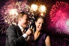 Join hottest New Year's Eve celebrations at Hard Rock Cafe in Chicago. Buy New Year's Eve party & event tickets now and get the best Chicago hotel New Year's Eve deals & packages. Artistic Visions, New Year's Eve Celebrations, Chicago Hotels, Cheap Clothes Online, Kids Party Games, The Draw, Top Of The World, Discount Designer Clothes, College Fashion