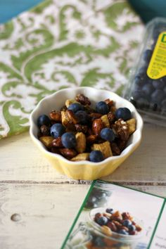 Blueberry Trail Mix #3pmSnack - A crunchy, spicy, slightly sweet nut mix with a kick of heat, served with fresh blueberries.