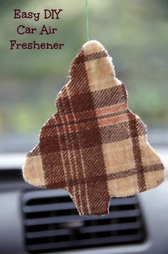 Car smelling a bit musty? Make your own car air freshener! #DIY #craft