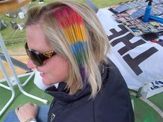 Hair chalk by Staedtler at Rocking the daisies. By Justine Taitz Hair Chalk, Daisies, My Hair, Hair Styles, Beauty, Hair Plait Styles, Margaritas, Margarita Flower, Hair Makeup
