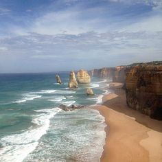 12 Apostles   Travelled the great ocean road today.. Absolutely stunning! Car broke down at least 20 times though.. Added to the fun   #12Apostles #GreatOceanRoad #GreatOceanRoadTrip #RoadTrip #Victoria #AdelaideToMelbourne #Ocean #View #Australia #Straya #HAPUS #TakeTheRisk #LiveLife #Memories #Backpacking #HappyBackpacker #HanSoloTravels #Friends #TravelFriends #TravelBig #Travel #TravelBug #Traveller #TravelBlog #InstaTravel #PictureOfTheDay #TravelAwesome #TravelOften #MoreToLife…