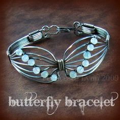 JEWELRY TUTORIAL - Butterfly Wire Wrapped Bracelet