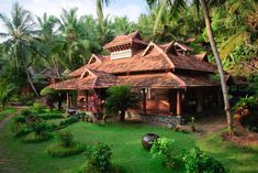 Delve into the wonders of India Ayurveda Resorts to rejuvenate your mind and body. Visit these resorts which pamper you with exotic Ayurvedic treatments to help you achieve a balanced mind and body. Kerala Traditional House, Traditional House Plans, Traditional Interior, Traditional Design, Kerala Architecture, Farmhouse Architecture, Architecture Design, Jungle House, Kerala House Design