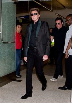 Barry Manilow Arrives at LAX