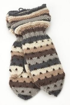 Knit Mittens, Mitten Gloves, Knitting Socks, Nordic Style, Yarn Crafts, Knitting Projects, Knit Crochet, Handmade, Stuff To Buy