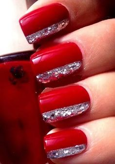 Red nails suit every woman for a perfect sexy look, so check out the best red nail art designs for inspiration and choose what suit you! Red And Silver Nails, Red Gel Nails, Red Nail Art, Red Nail Polish, Glitter Nails, Silver Glitter, Bling Nails, Red Art, Bright Red Nails