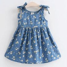 Buy Daisy Print Bowknot Sleeveless Dress online with cheap prices and discover f… Kaufen Sie Daisy Print Bowknot ärmelloses Kleid. Girls Frock Design, Baby Dress Design, Kids Frocks Design, Baby Frocks Designs, Baby Girl Frocks, Frocks For Girls, Toddler Girl Dresses, Girls Dresses, Cute Little Girl Dresses