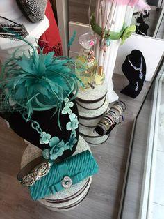 Tocados en nuestra nueva colección de #joyasperfumadas como homenaje a la ciudad francesa de #Grasse