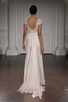 PAULINE - A-line embroidered gown with short sleeves and a silk crepe georgette knot at the waist.